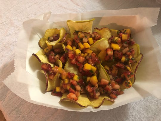Strawberry mango nachos are made with crisp apple chips instead of tortillas.