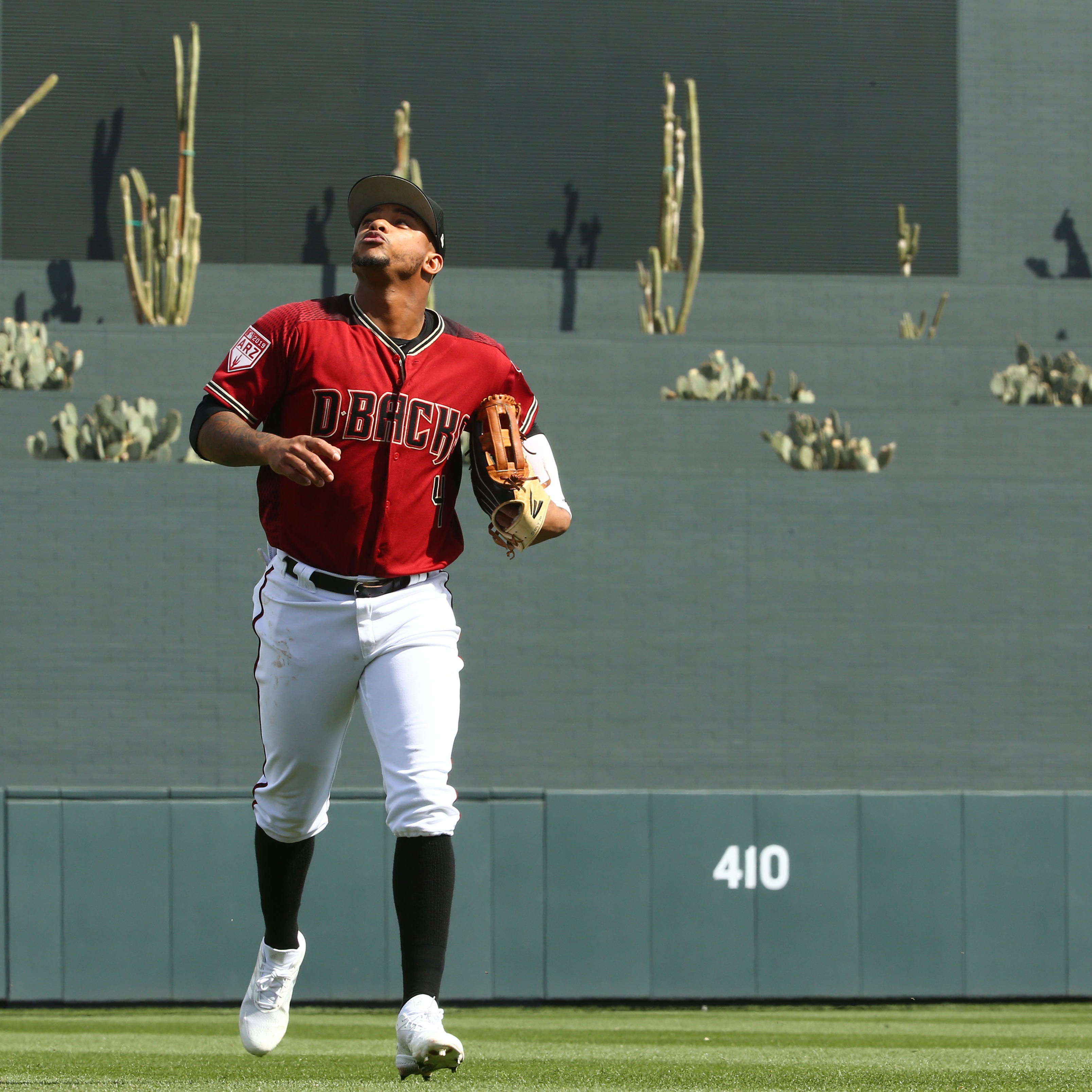 Arizona Diamondbacks leaned on rivals in Ketel Marte transition to outfield
