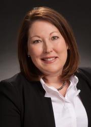 Shreveport Opera Guild President Lara Yerger
