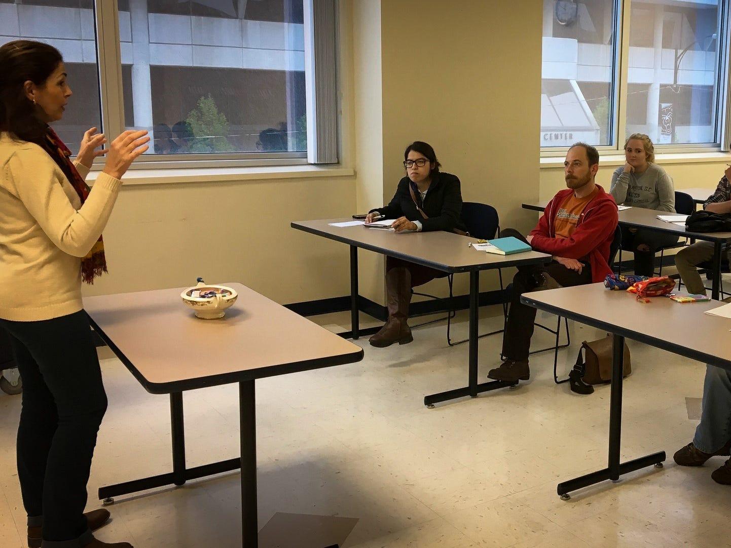 Georget Salloum teaches Arabic to students.