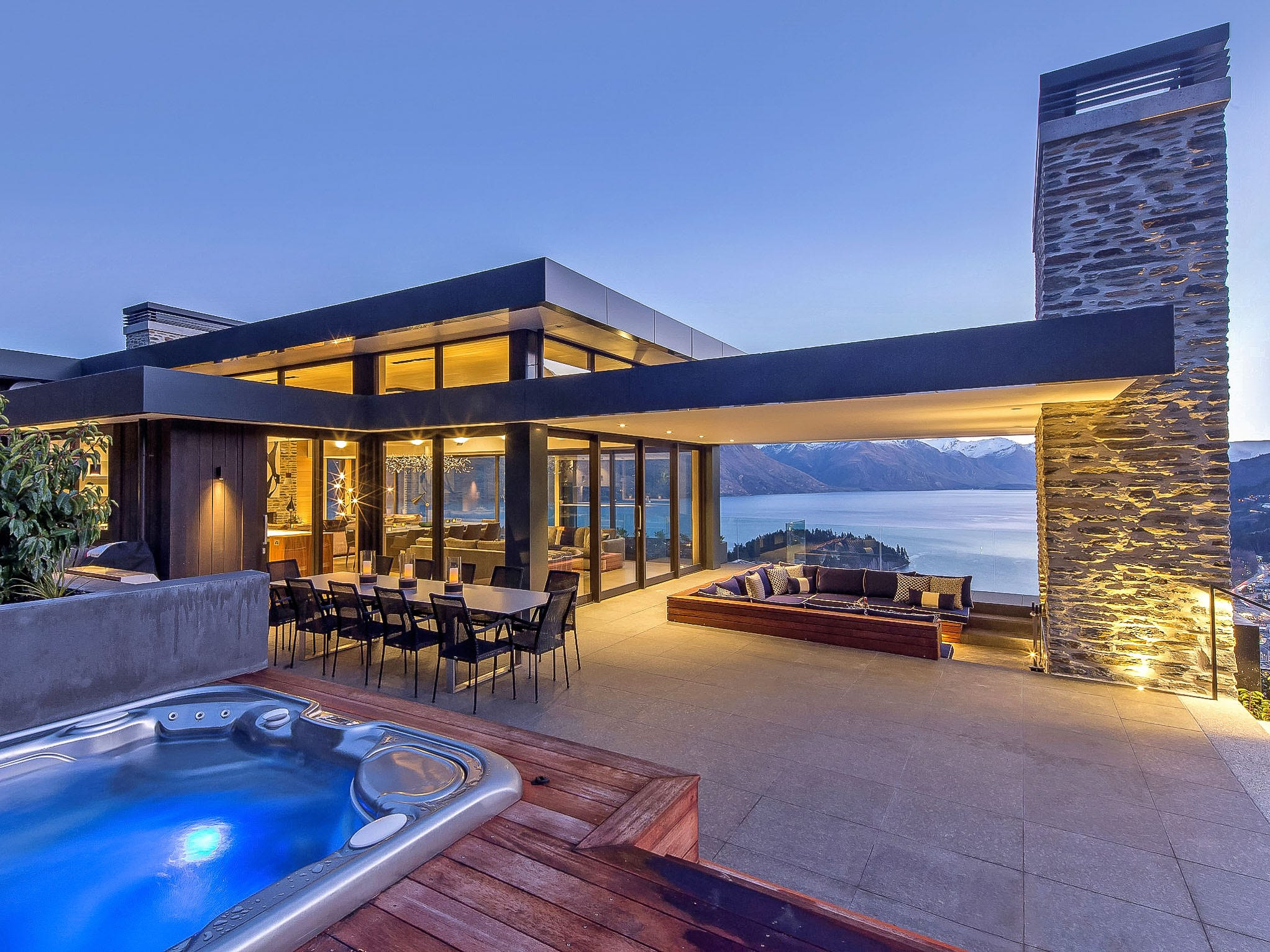 This five-bedroom property in Queenstown, New Zealand, sleeps 10 and rents for $13,096 - $13,096 a night.