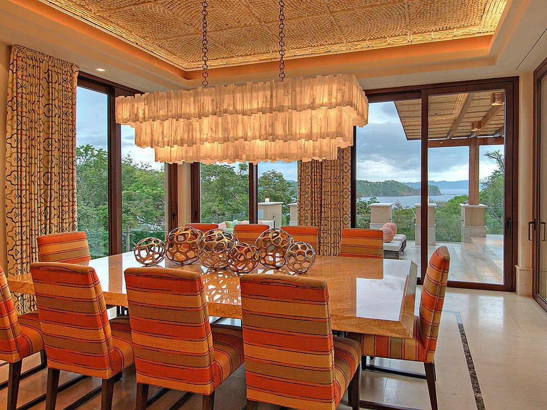 For more information: https://www.luxuryretreats.com/vacation-rentals/central-america/costa-rica/papagayo/villa-manzu-113614