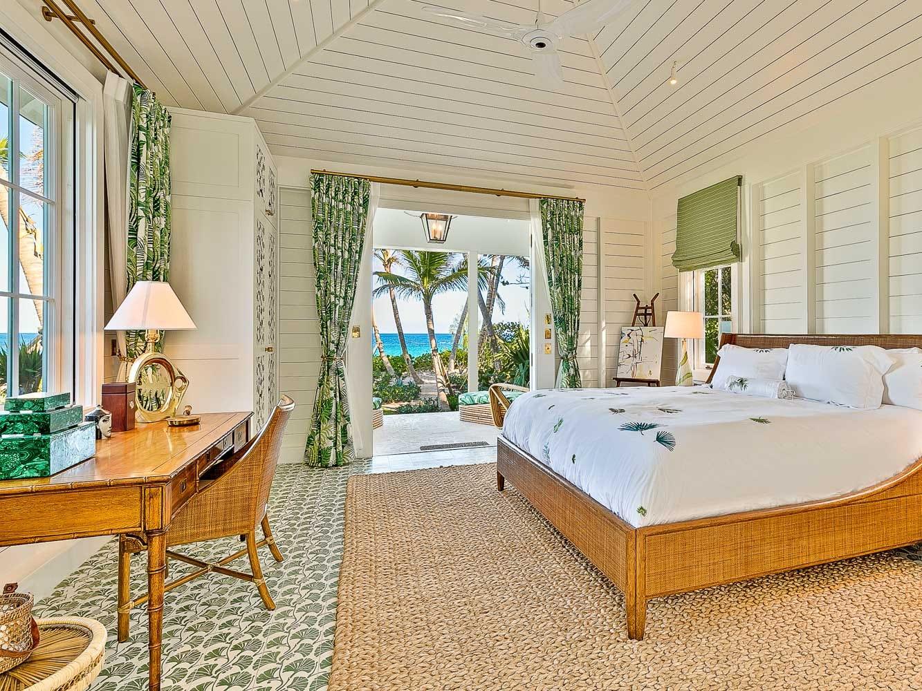 For more information: https://www.luxuryretreats.com/vacation-rentals/caribbean/bahamas-eleuthera-and-harbour-island/harbour-island/rosalita-bahamas-119431