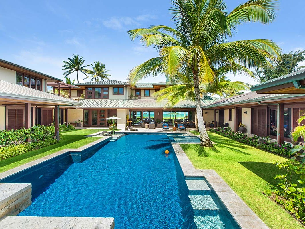 This seven-bedroom property in Oahu, Hawaii, sleeps 14 and rents from $9,500 - $12,500 a night.