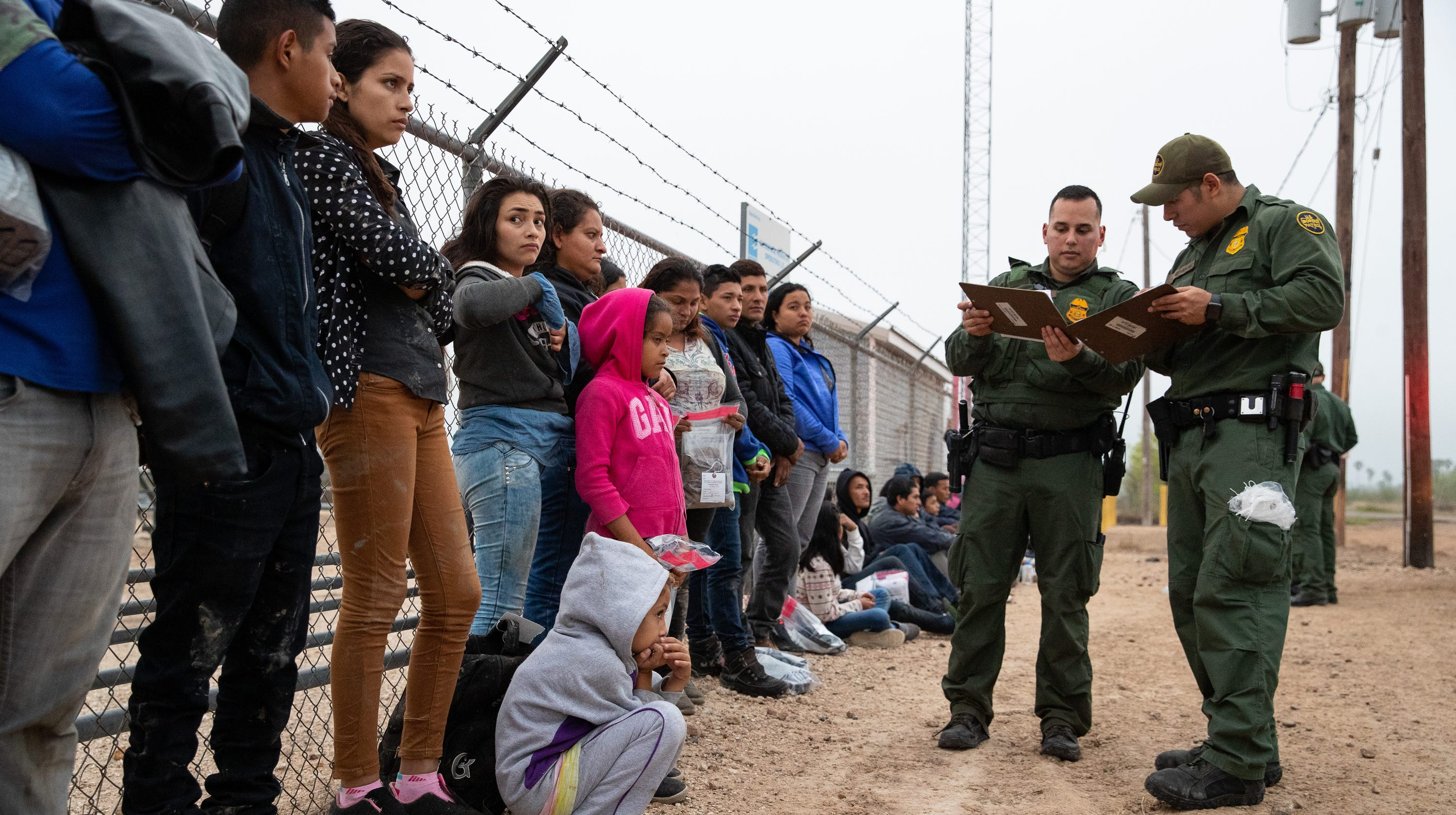 Border Patrol take in 1,000 migrants a day in South Texas