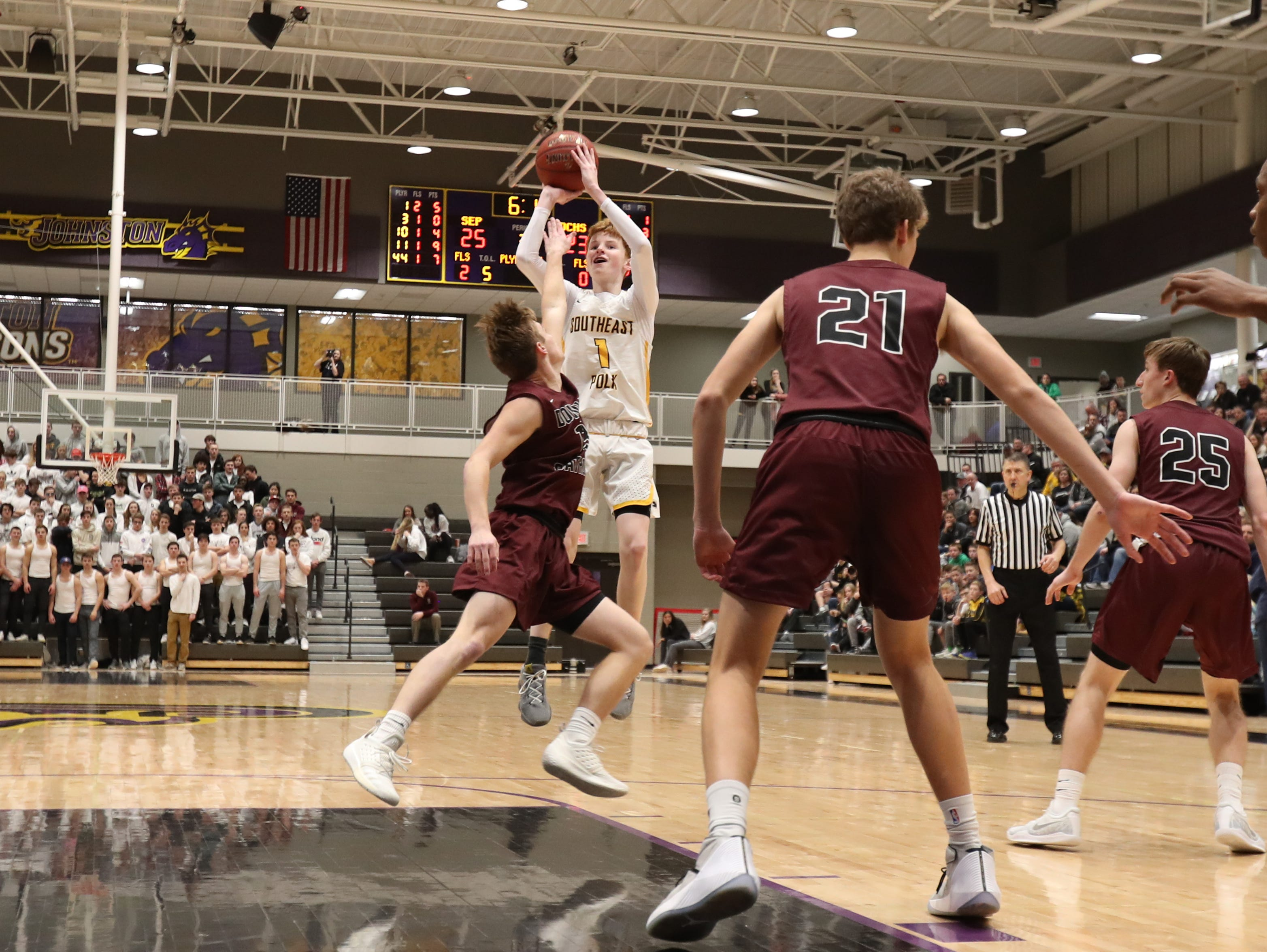 Southeast Polk's James Glenn (1) pulls up and shoots in the lane against Dowling Catholic during their game at Johnston High School in Johnston, Iowa, on Tuesday, Feb. 26, 2019. Dowling won the game 44-40 to advance to state.