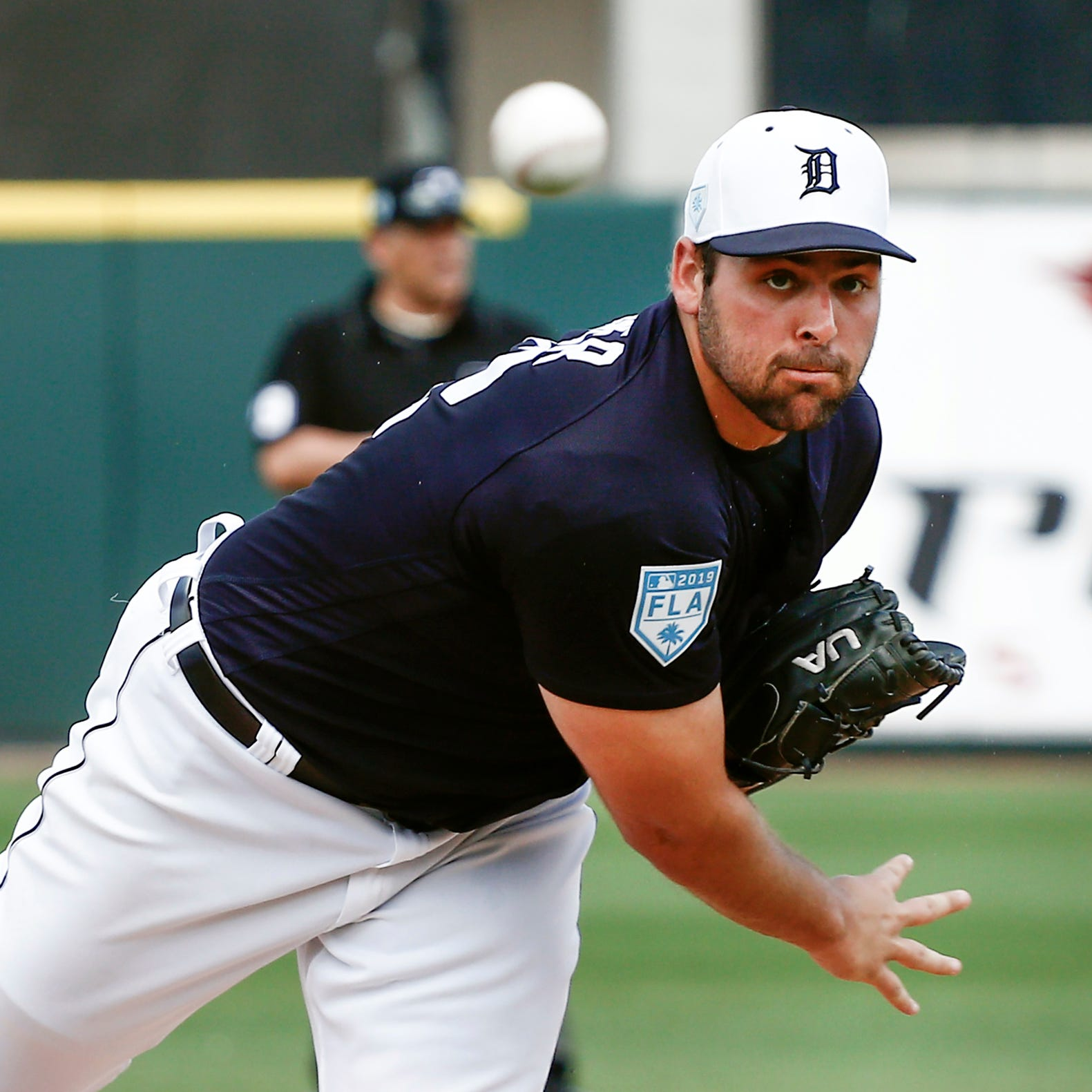 Detroit Tigers' Michael Fulmer sheds knee brace, sees progress