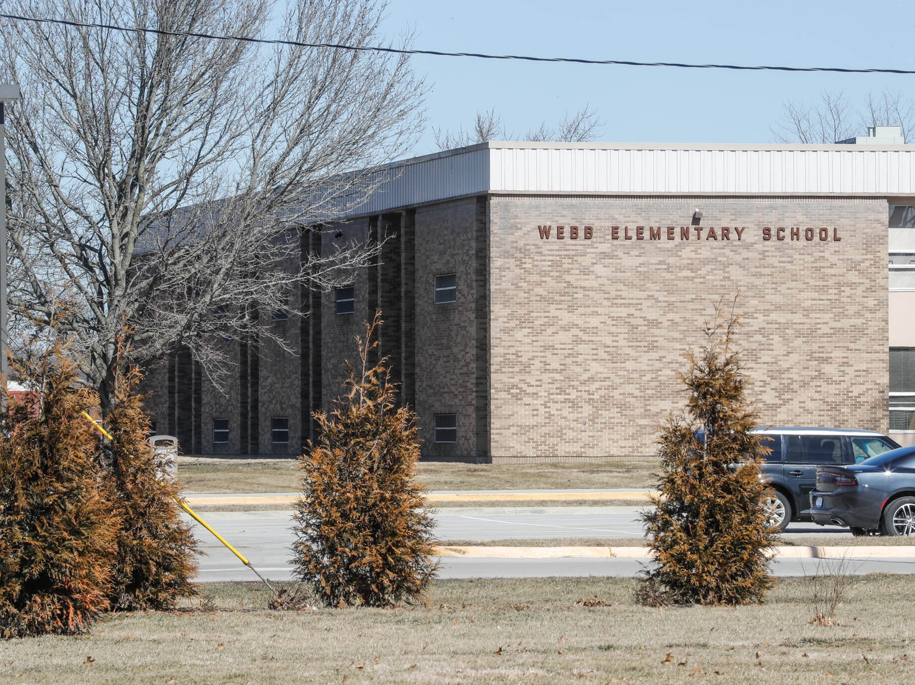 Two Franklin elementary schools closed after test results show toxins above safe levels