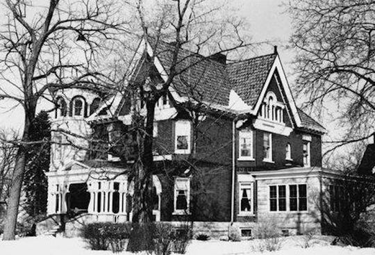 Former Spindler home, 535 N. Sixth St., Manitowoc, circa 1965.