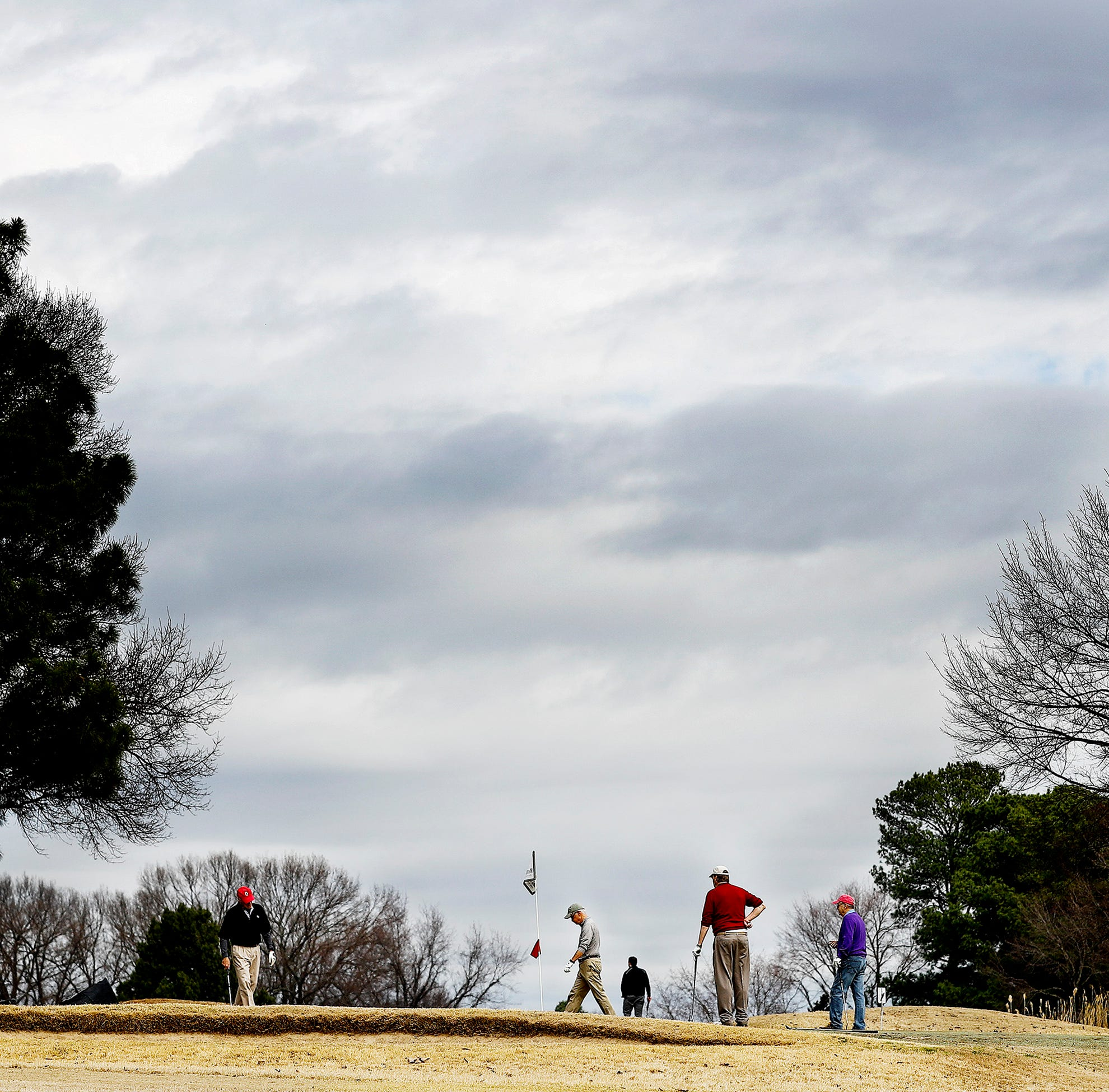 Golf courses have closed across the country. Has Memphis weathered the storm?