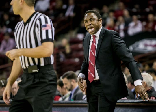 Feb 26, 2019; Columbia, SC, USA; Alabama Crimson Tide head coach Avery Johnson disputes a call against the South Carolina Gamecocks in the first half at Colonial Life Arena. Mandatory Credit: Jeff Blake-USA TODAY Sports
