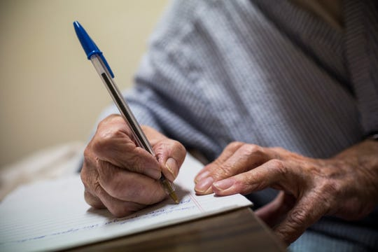 Writing a personal note can help bring you, and the recipient, out of a funk, Ray Matlock Smythe says.