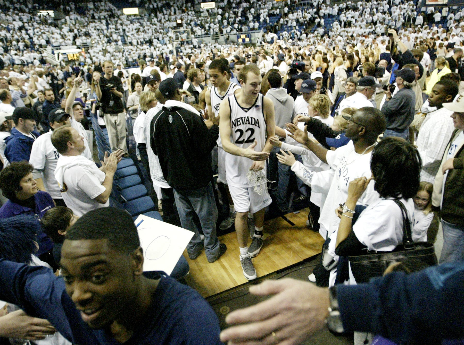 2007: Celebrating a win over New Mexico State.