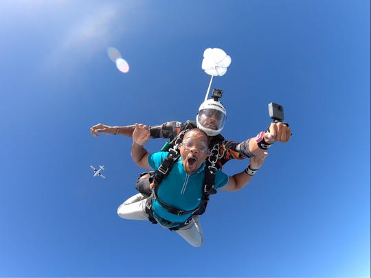 Will Smith goes skydiving.