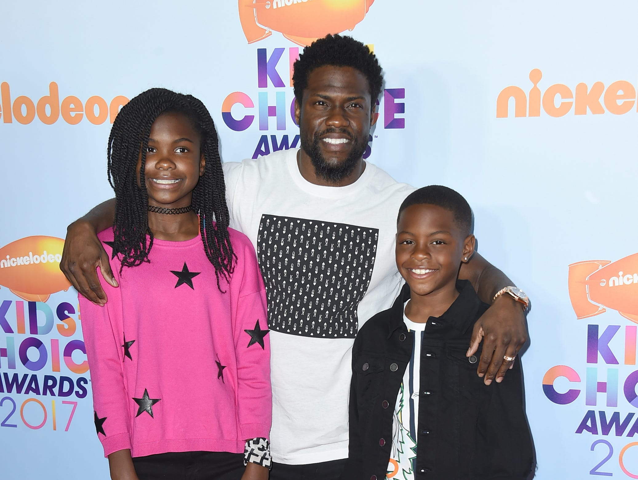 Kevin Hart, center, and his children Heaven Hart and Hendrix Hart