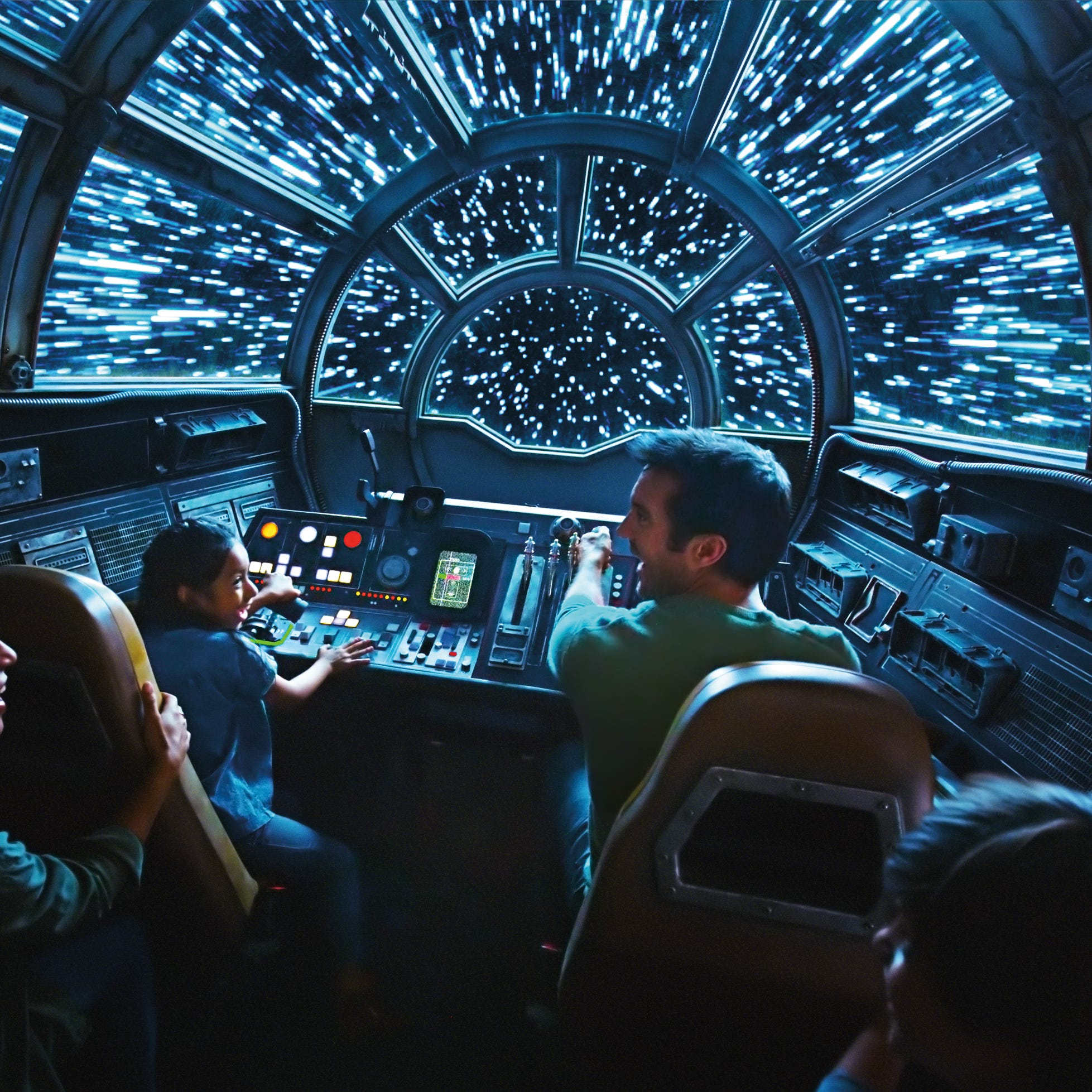 'Star Wars': How to have fun using the Force at Disneyland's Galaxy Edge land