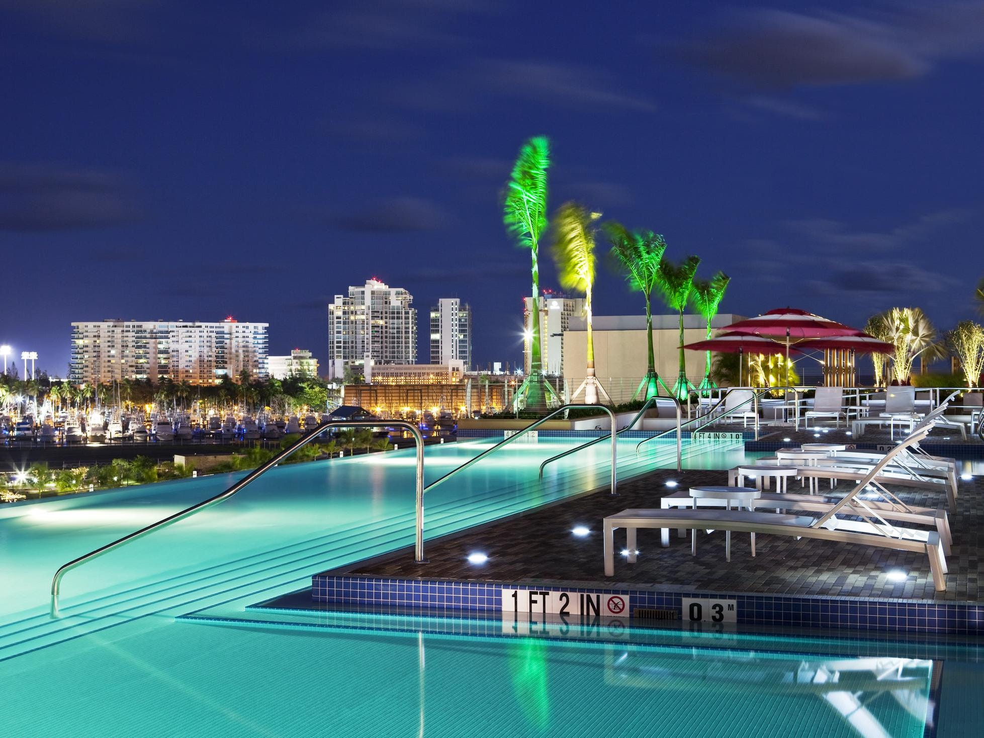 The infinity-edge pool at Sheraton Puerto Rico is the hands-down coolest rooftop pool on the island.