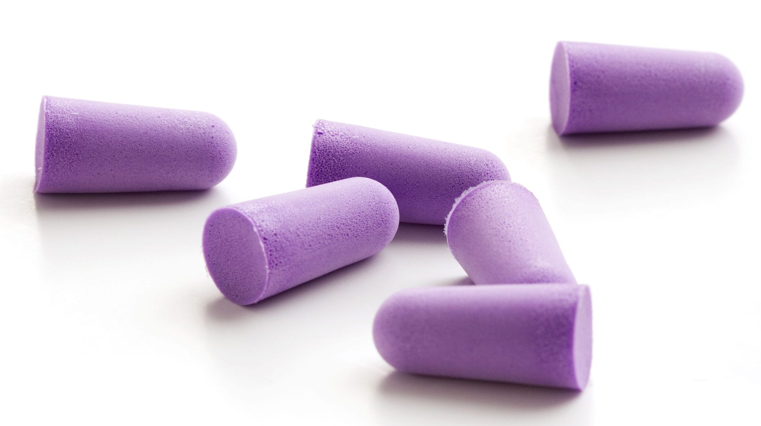 Stop apologizing for kids: Mom hands out 200 earplugs on plane fearing baby 'may cry'