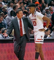 Texas Tech coach Chris Beard talks to Jarrett Culver during the first half of the team's NCAA college basketball game against Oklahoma State, Wednesday, Feb. 27, 2019, in Lubbock, Texas. (AP Photo/Brad Tollefson)