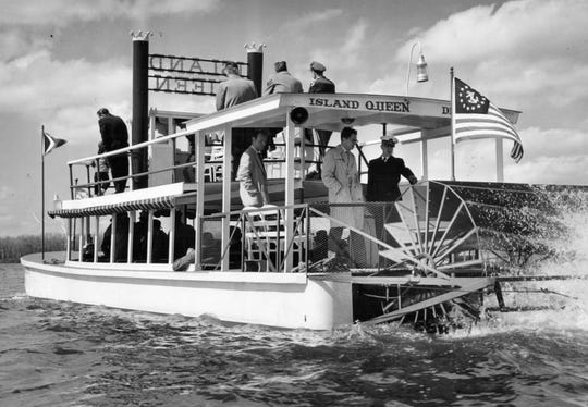 All shore that's going ashore. The Mississippi style Island Queen takes off from the dock on Kent in Kensington Park for a 50-minute cruise among the islands in 1956.