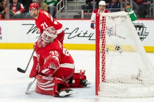 Red Wings goaltender Jimmy Howard has been pulled in his last three starts.