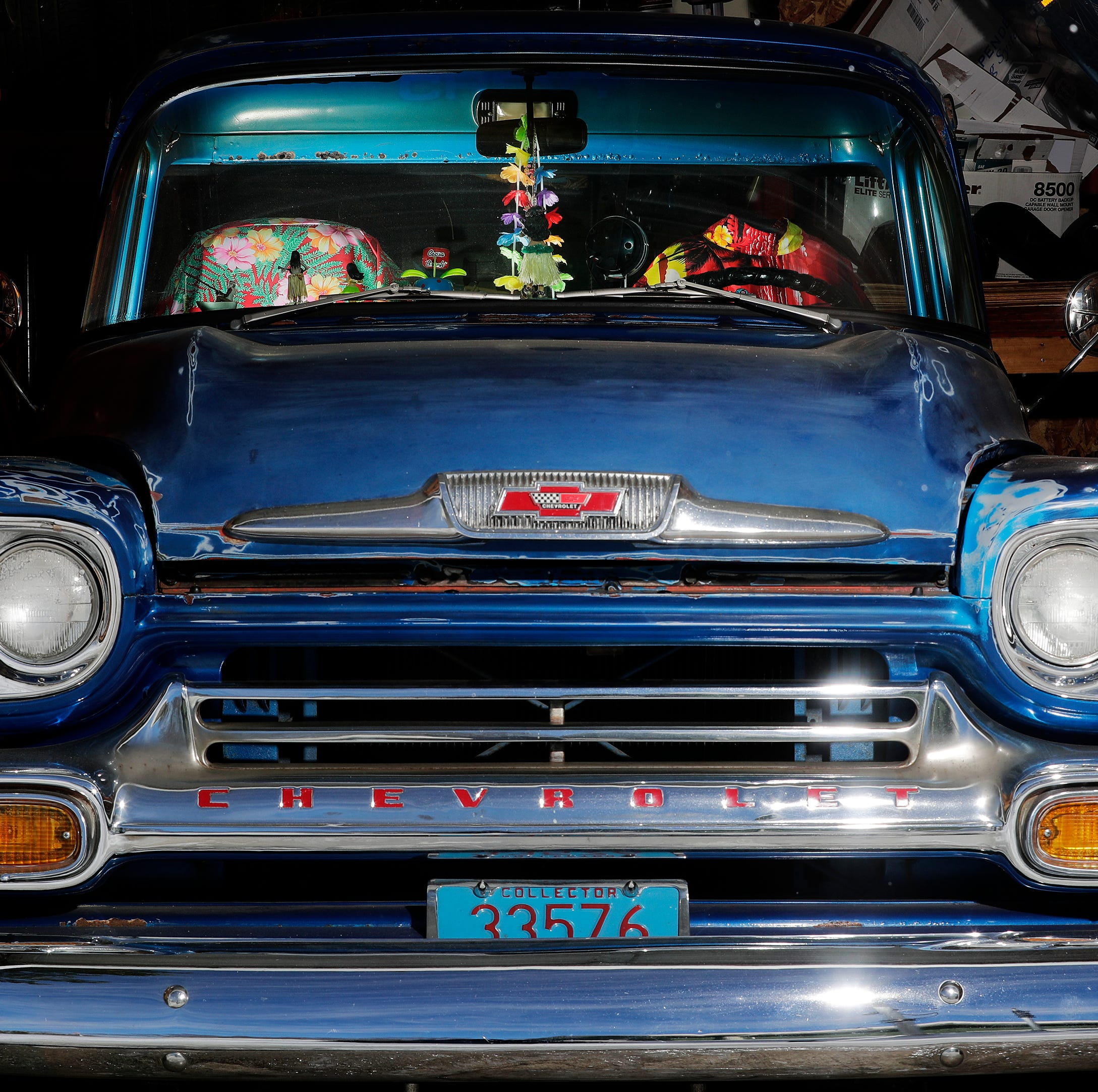 Country singer's reunion with his beloved 1958 Chevy pickup is just not going to happen