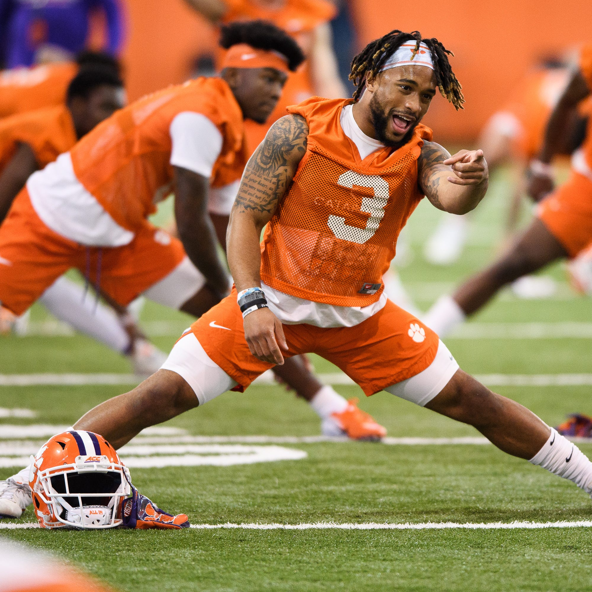 Clemson wide receiver Amari Rodgers awaiting test results after suffering leg injury
