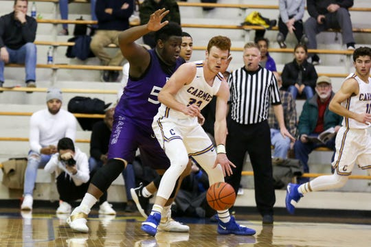 John-Michael Mulloy and top-ranked Carmel knocked off Fishers (62-52) and Hamilton Southeastern (45-39) to win its fifth consecutive sectional title and seventh in eight years.