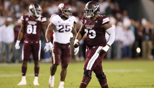 Mississippi State offensive lineman Darryl Williams will make a move from left guard to center in 2019. Williams started 12 games at left guard as a junior last season.