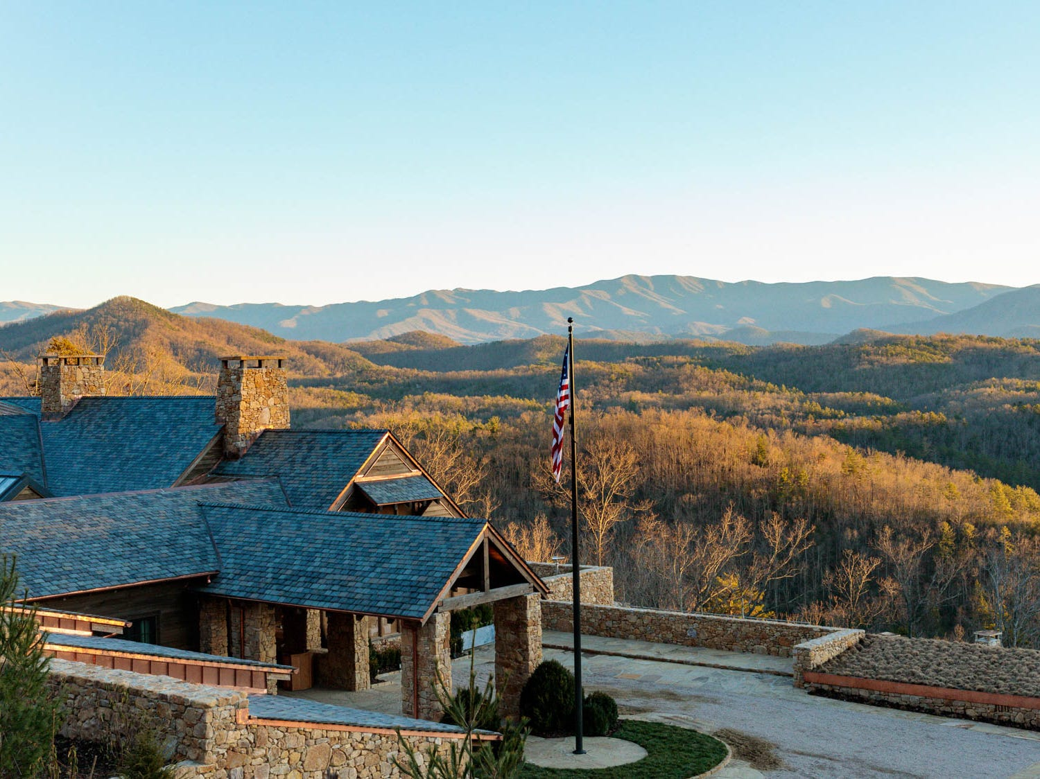The Lodge at Blackberry Mountain. This 17,000-square-foot facility houses Three Sisters restaurant, bar, spa and indoor and outdoor lounge areas.