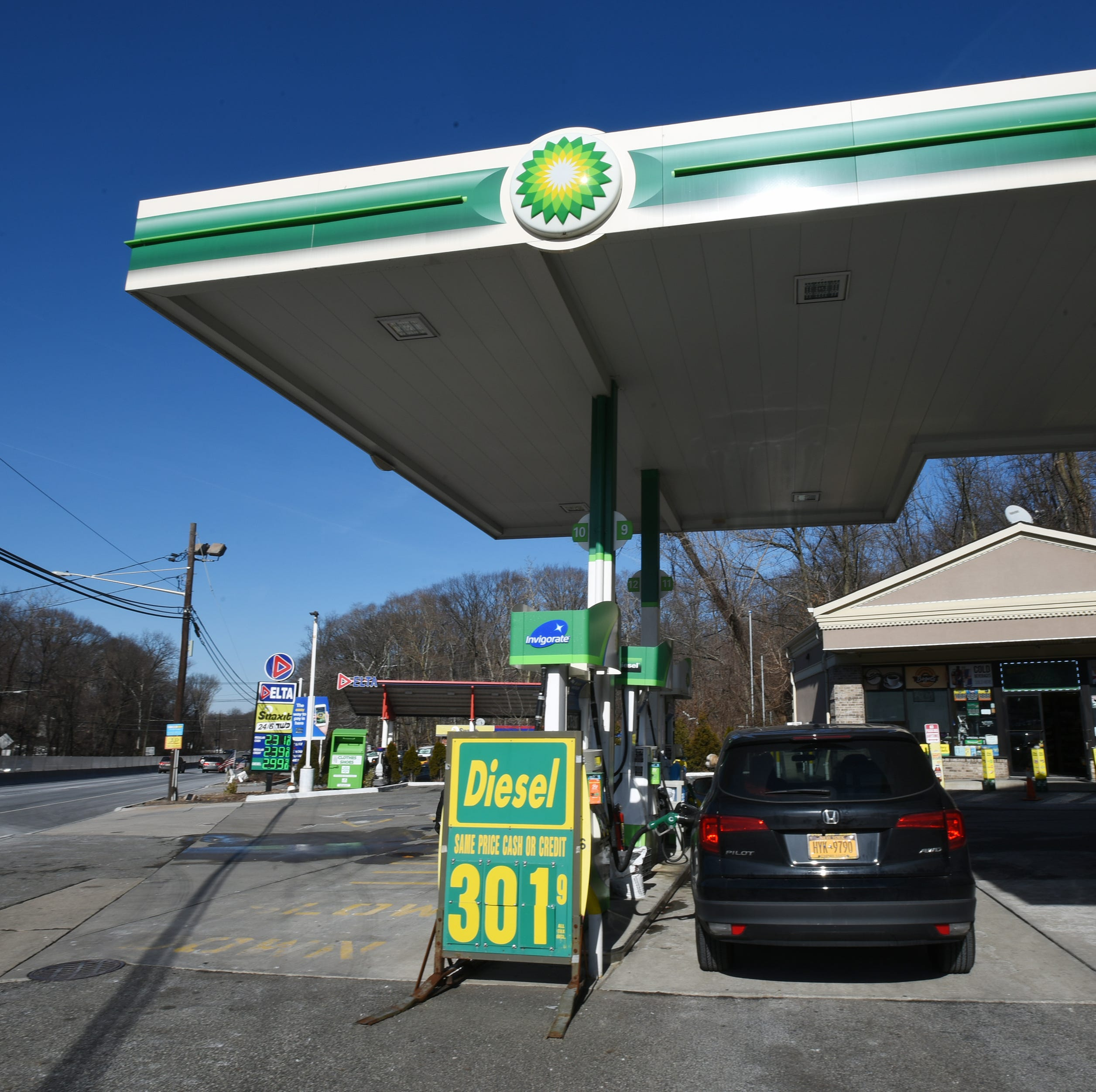 Gas prices keep moving up in New Jersey, across nation