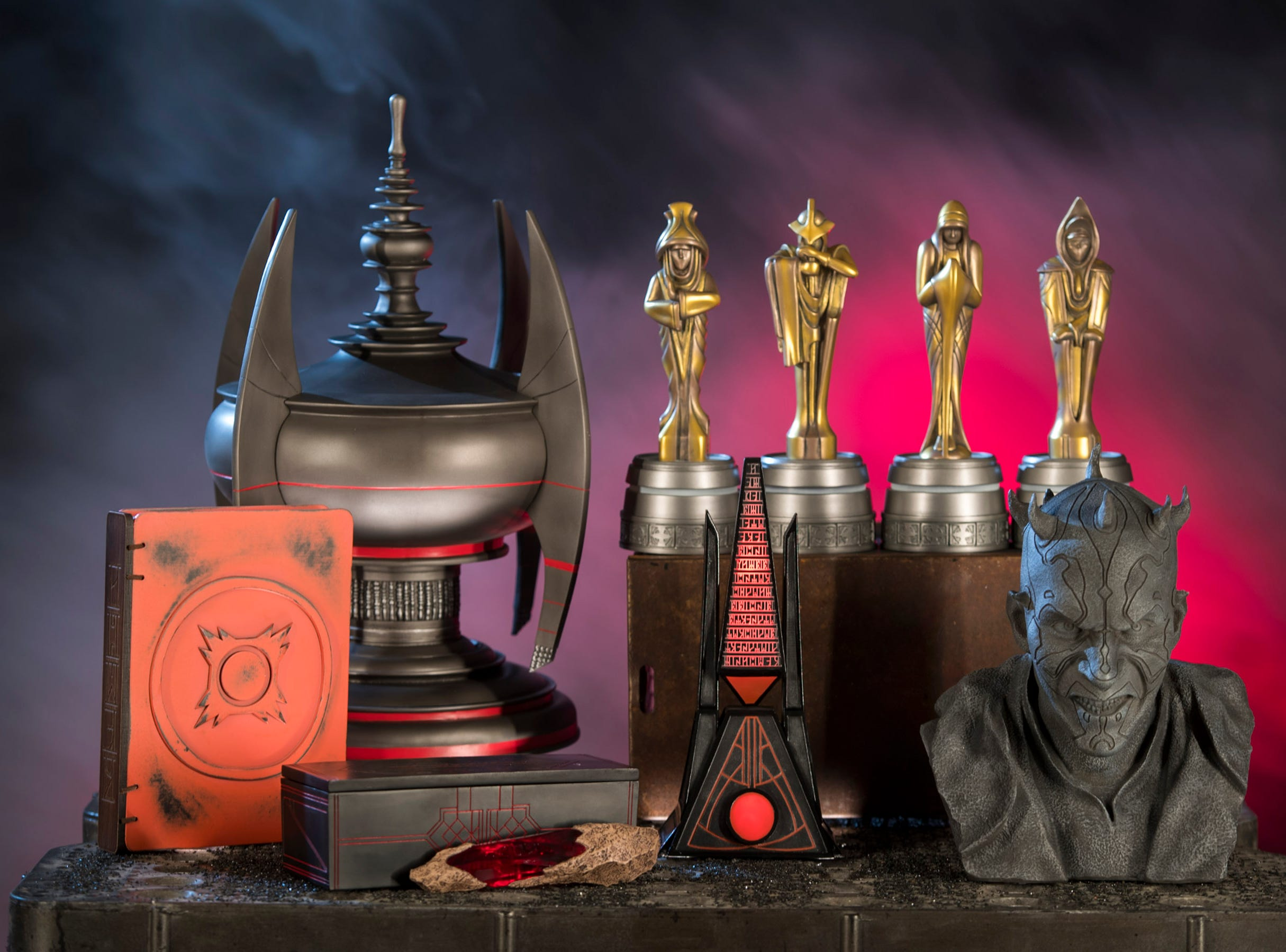 Dok-Ondar's Den of Antiquities in Star Wars: Galaxy's Edge will offer rare and unique items, including relics left behind by the Sith.