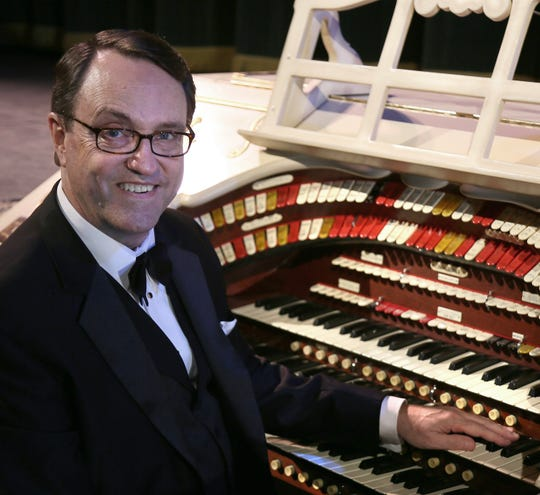 Organist Ken Double will perform Sunday at the Capitol Theatre.