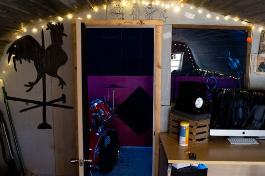 "Jake Puliti and three of his friends have enough equipment, including a drum set, inside the chicken coop they converted into a recording studio, to jam and record music. Puliti is an ""American Idol"" hopeful whose audition is scheduled to air March 10."