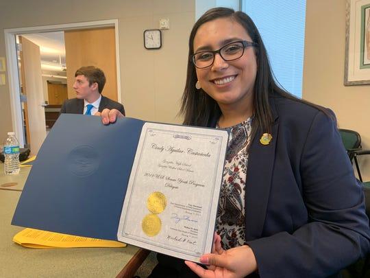 Cindy Aguilar-Castañeda es una de las dos delegadas de California en el Programa Juvenil 2019 del Senado de los Estados Unidos.