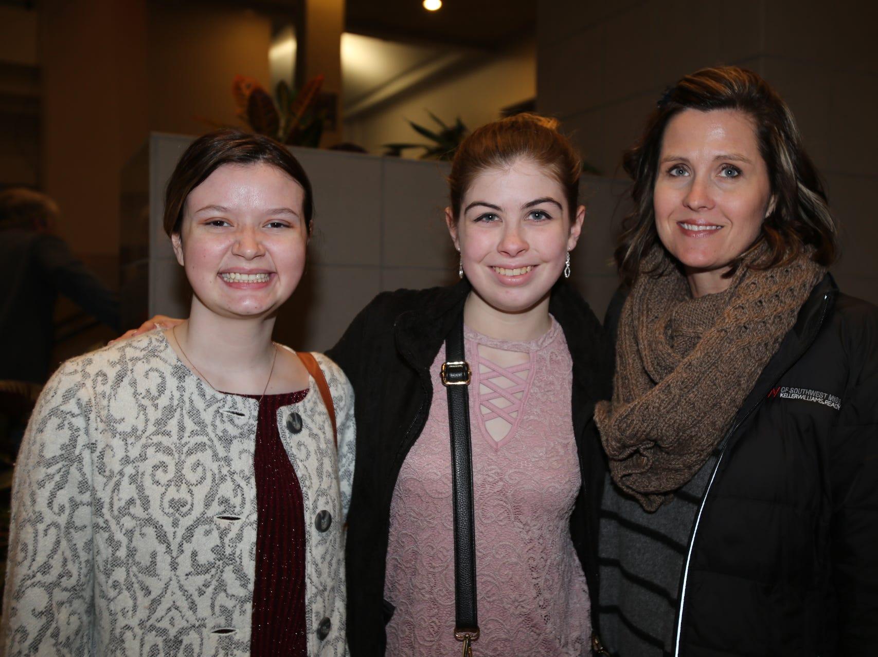 Georgia Phillips, Eva and Audrey Sneed