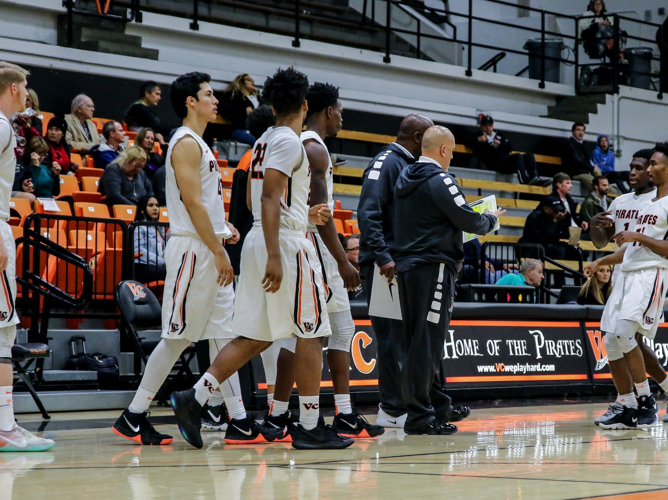 The Ventura College men's basketball team takes the floor against Los Angeles Valley on Wednesday night in the CCCAA Southern California regional quarterfinals at the VC Athletic Event Center. L.A. Valley won, 78-74.