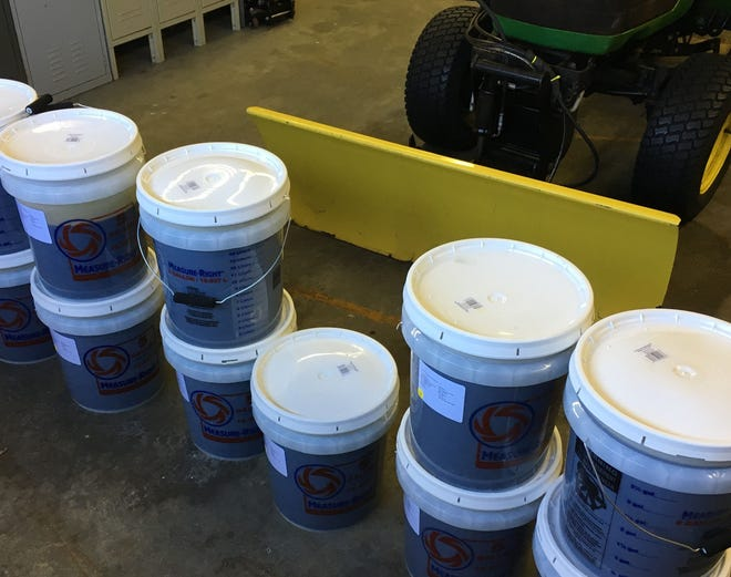 Over 7,000 liquid ounces of CBD oil seized in February during a traffic stop in Muskingum County contained less than half the legal threshold of THC contemplated in pending legislation.
