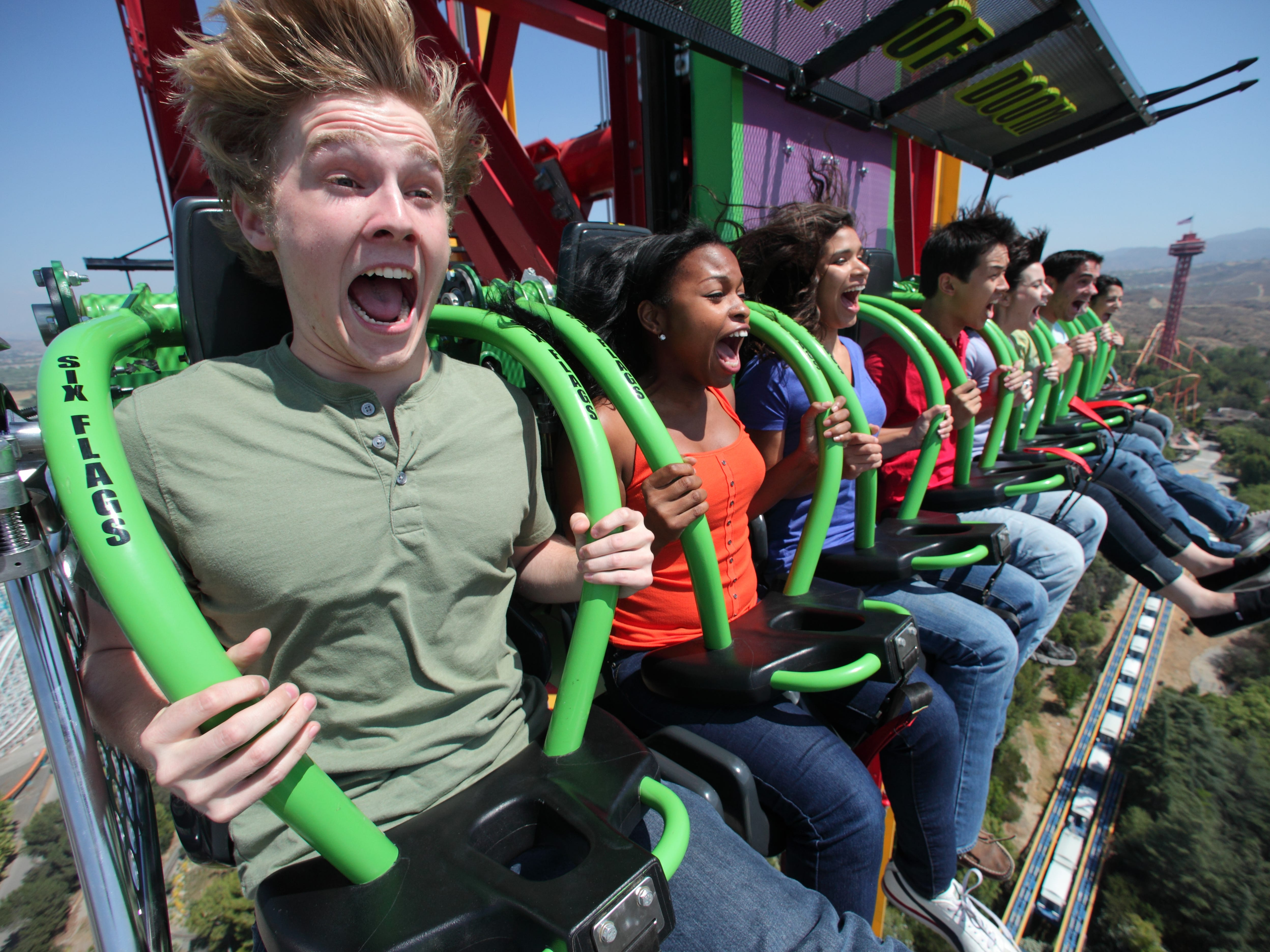 The first drop tower in the world to crack the 400-foot mark is on the same tower as a record-breaking coaster, Superman: Escape from Krypton at Six Flags Magic Mountain in Valencia, California.