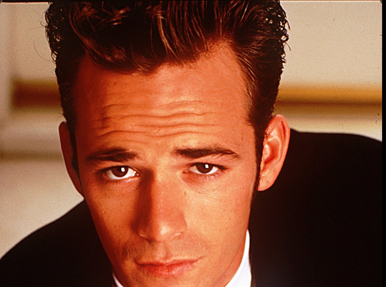 Actor Luke Perry as Dylan McKay on Beverly Hills 90210.