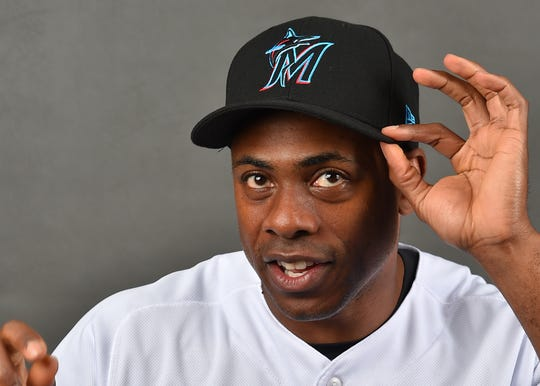Former Tigers fan favorite Curtis Granderson shows off the Miami Marlins' redesigned duds in spring training.