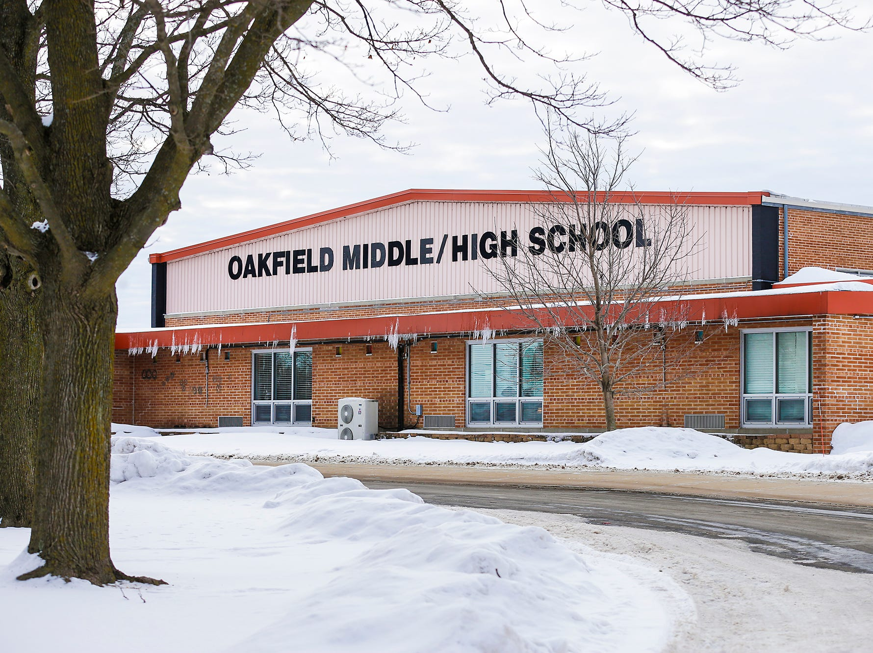 Oakfield School Board asks residents to approve $5.3 million referendum on April 2
