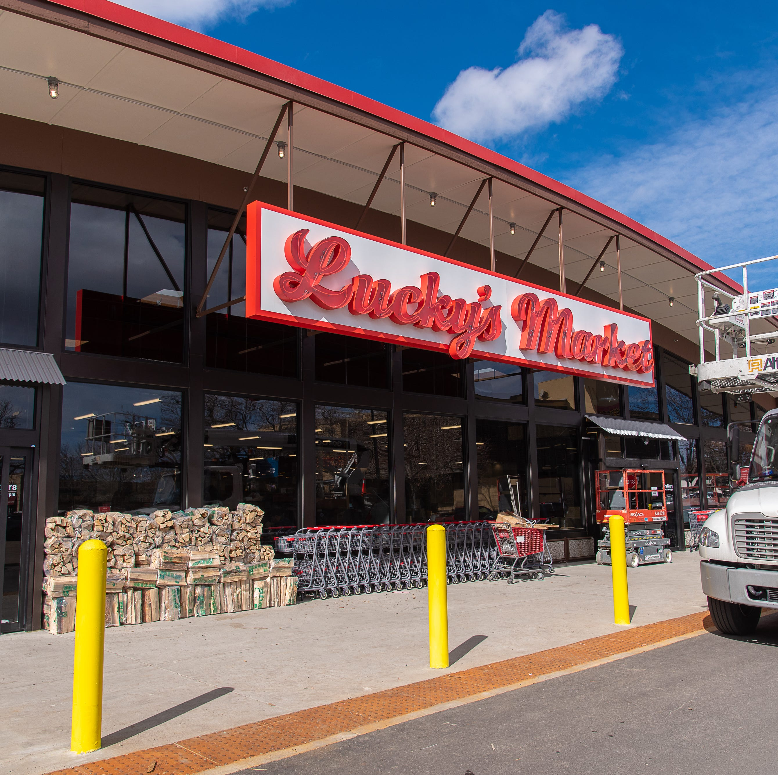 Here's a sneak peek of Lucky's Market and 5 things you need to know for opening day