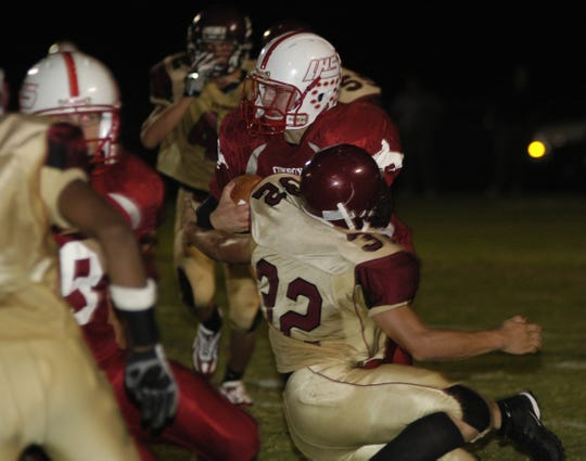 Former LaBelle running back Matt Davidson, a 2005 graduate, was named the head coach at his alma mater on Friday.