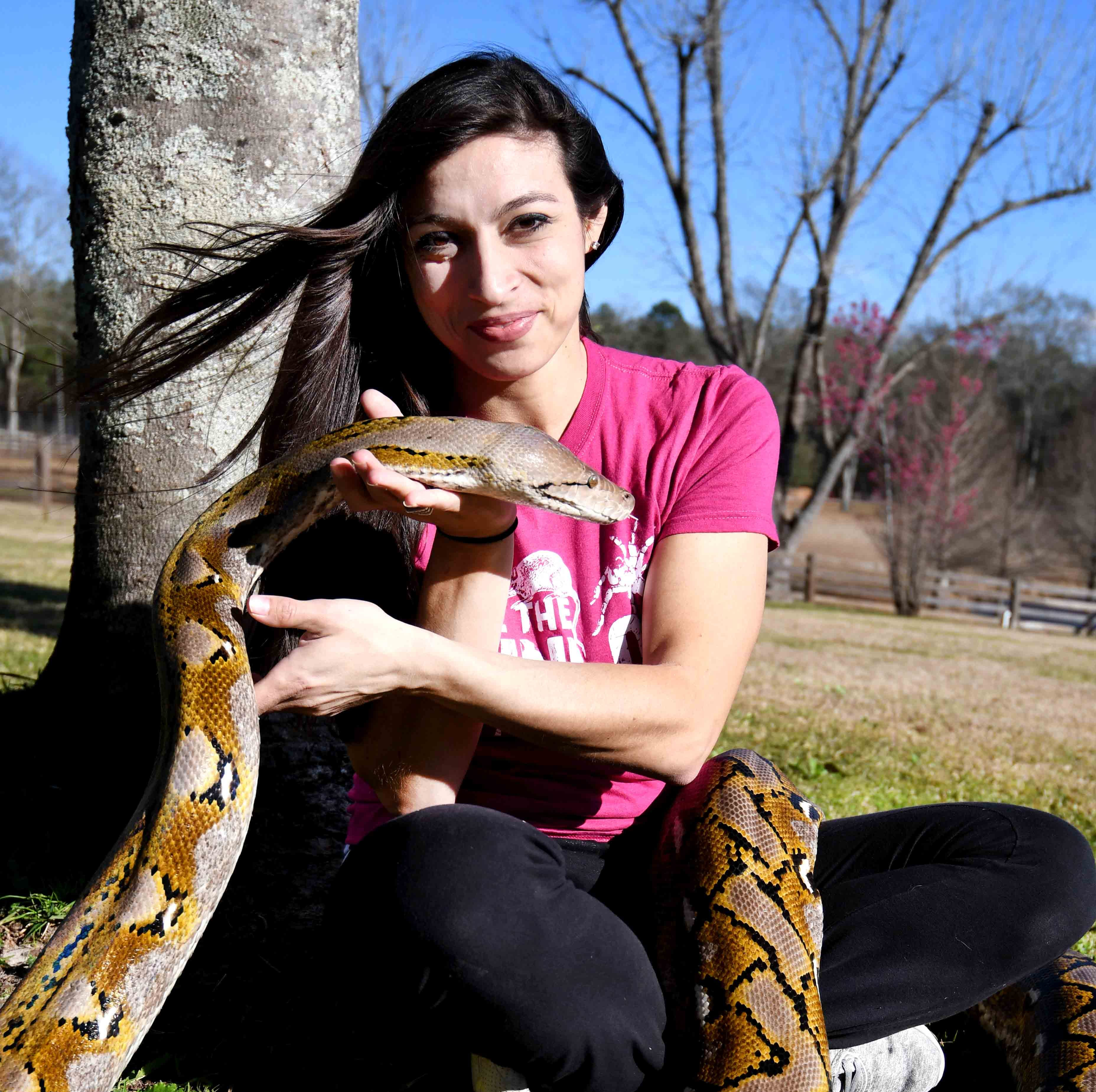Mississippi woman walks, talks with snakes, camels and kangaroos. You can, too.