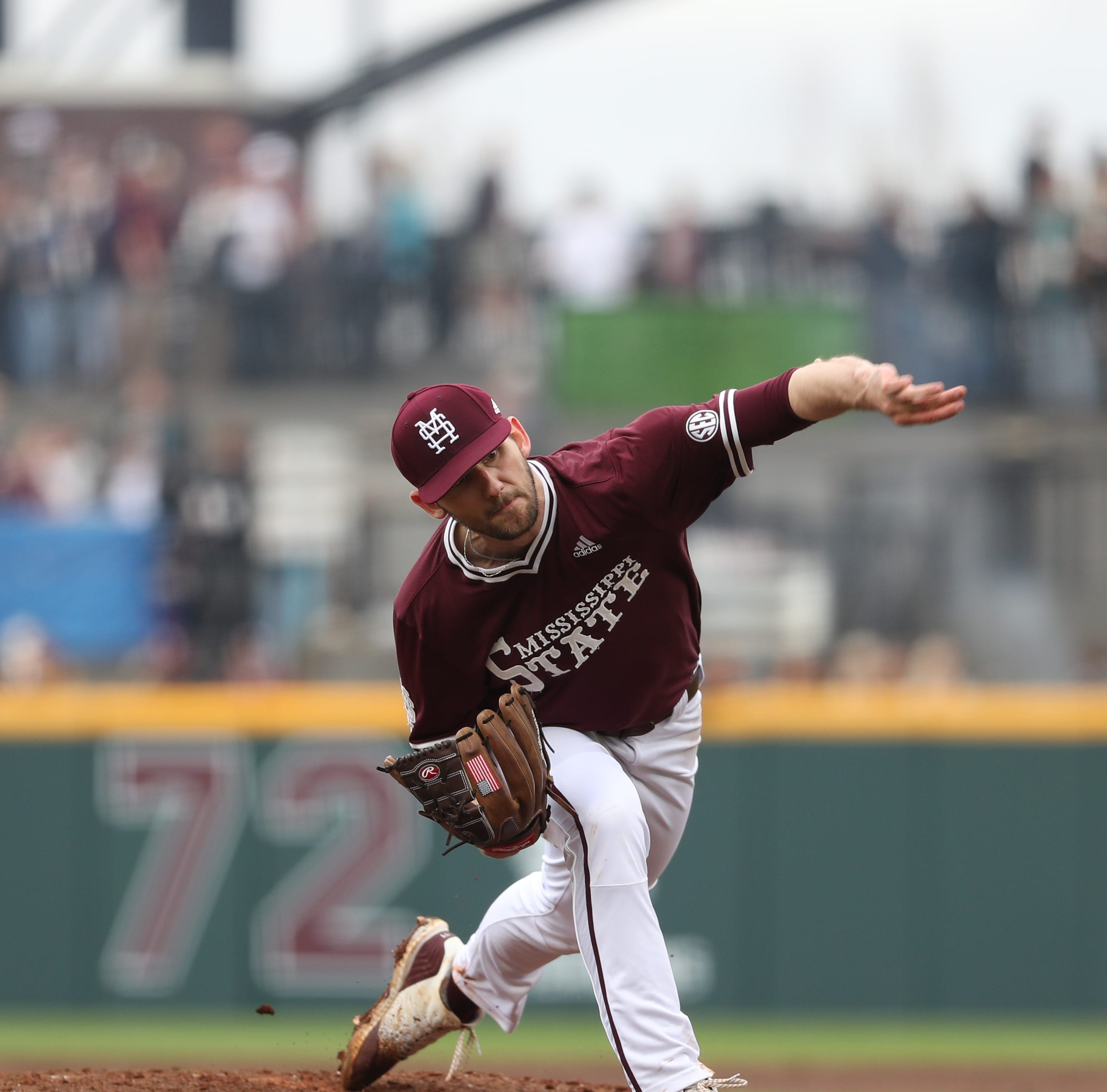 Dominant pitching leads No. 5 Mississippi State to 2-0 victory over No. 11 Ole Miss