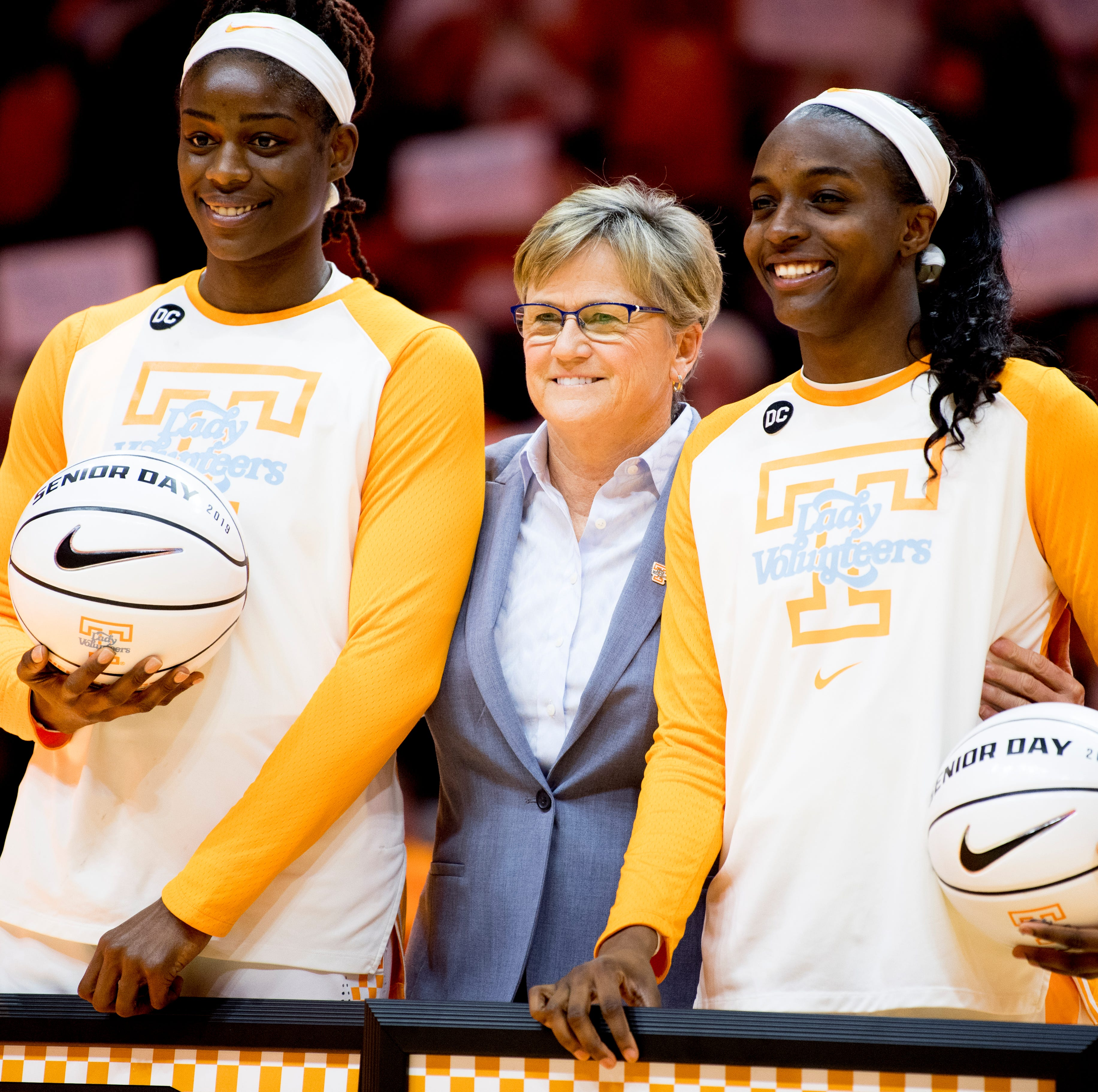 How many Lady Vols fans are pulling against Tennessee hoping Holly Warlick will get fired?