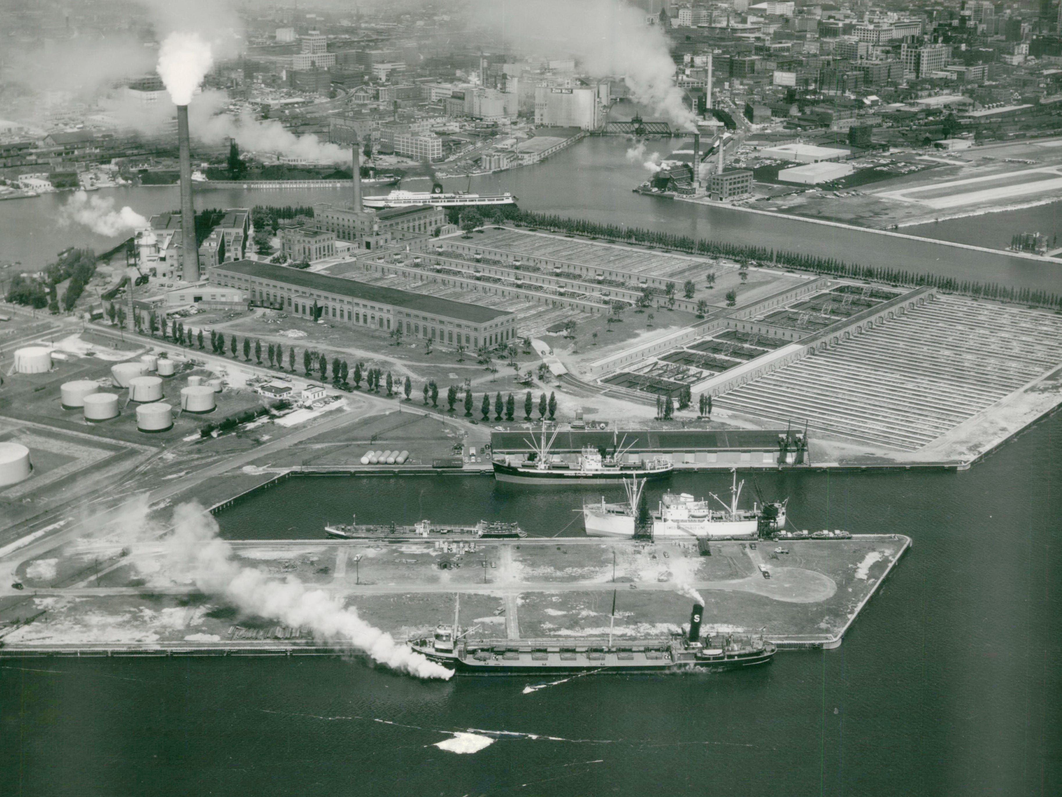 Jones Island, Milwaukee, Wisconsin. Pier No. 1 foreground, foreign vessels come here. (Jones Island - Air Views).