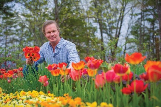 P. Allen Smith has parlayed a lifelong passion for the natural world into a career that allows him to share garden, home, and lifestyle knowledge and insights with a worldwide audience. Smith has partnered with  First Community Bank for a series of pollinator gardens across Arkansas.