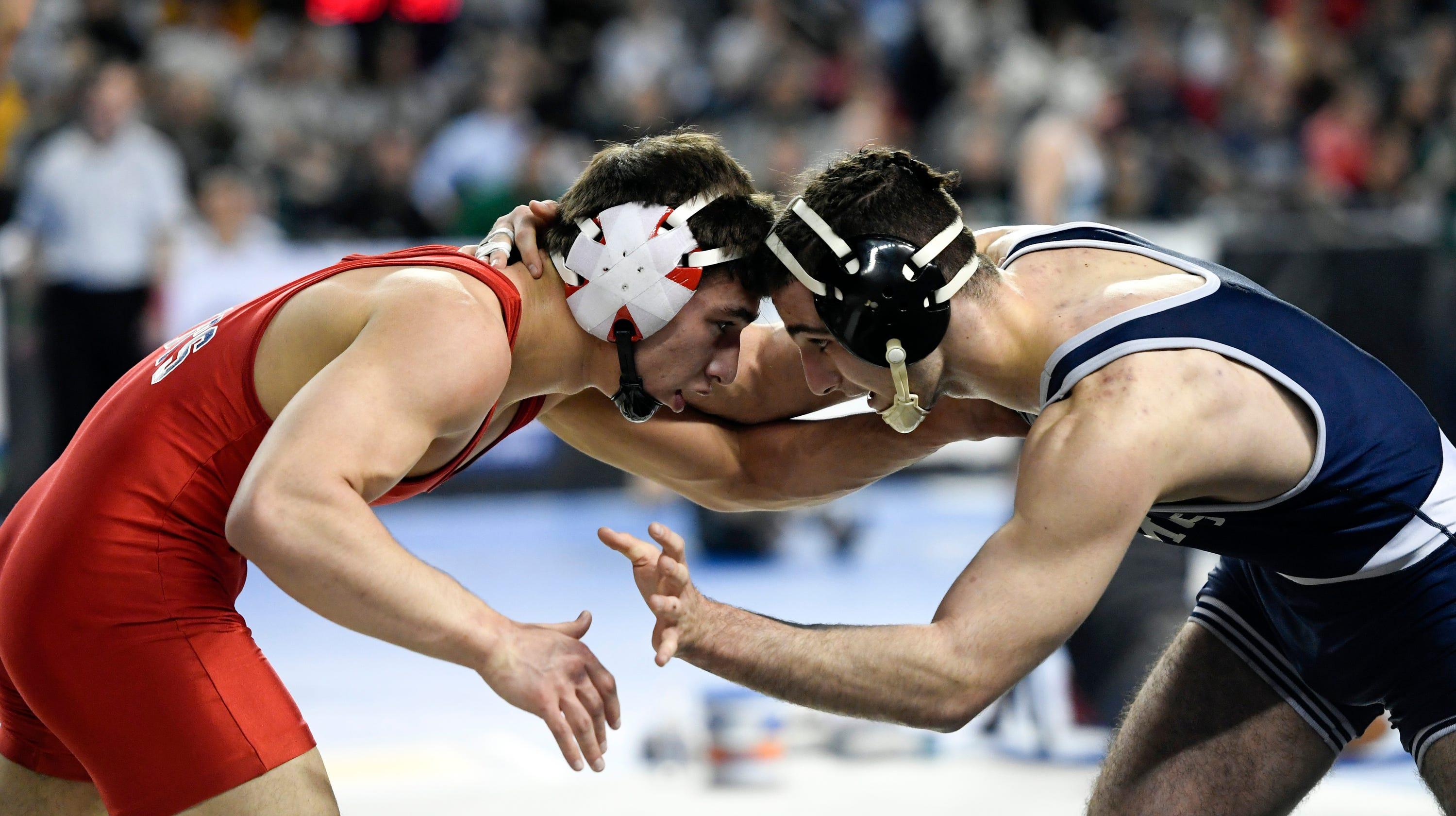Tony Asatrian, wrestler in Bergen Catholic lawsuit, places third